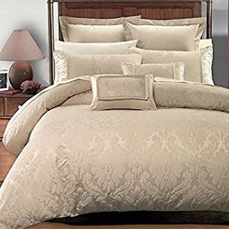 king-cal-king-sara-jacquard-duvet-7-piece-cover-set-by-hotel-collection-by-sheetsnthings