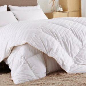 Puredown White Goose Down Comforter