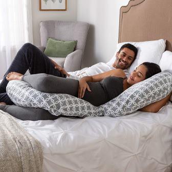 Top 20 Best Pregnancy Pillows in 2019