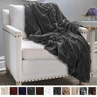 The Connecticut Home Company Ultimate Velvet with Sherpa Throw Blanket