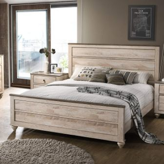 Roundhill Furniture Panel King Bed