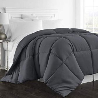 Beckham Hotel Collection Cal/King-Sized Alternative Goose Down Comforter