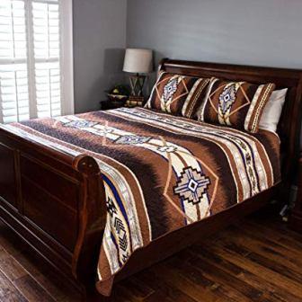Cozy Fleece LLC Southwest Quilt Set