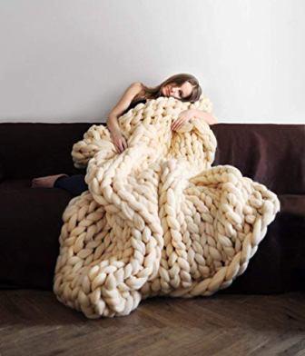 Clootess Chunky Knit Blanket (Merino Wool Hand Made)