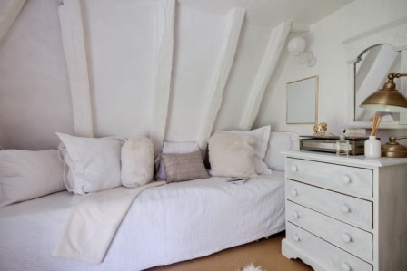Best Full-Size Daybeds