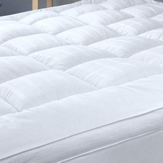 D & G; The Duck and Goose Company. Mattress Topper