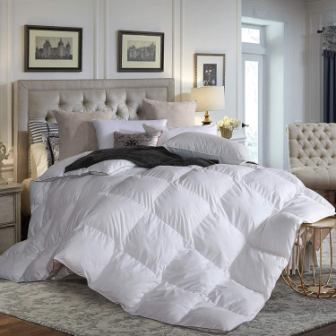 L LOVSOUL Down Comforter