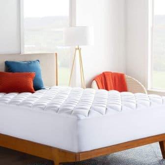 LINENSPA Ultra Plush Pillow Top Mattress Pad