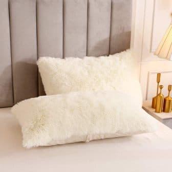 Top 10 Best Fluffy Comforters in 2020