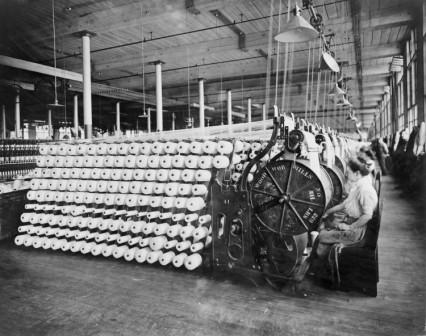 The Advent of Mechanical Technology and the Invention of the Spring Mattress