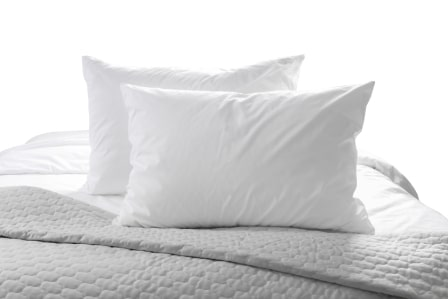 Down vs Feather Pillows - Complete Guide & Detailed Comparison 2020