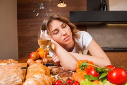 Going to bed hungry - A burden or a blessing for sleep?