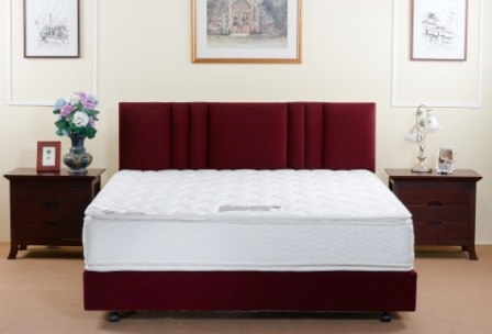 What is a Plush Mattress? How does it compare to a firm one?