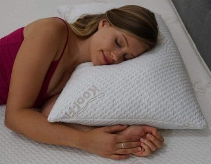Top 15 Best Queen Pillows in 2020