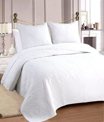 Cozy Line Home Fashions Bailee Set