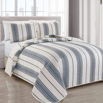 Great Bay Home Store Wesley Collection 3-Piece Quilt Set