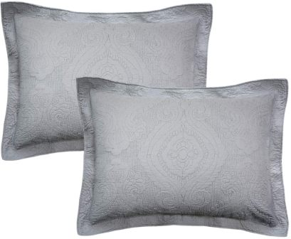 Quilted pillow shams from Brandream