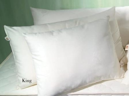 Top 15 Best Cotton Pillows - Full Guide & Reviews 2020