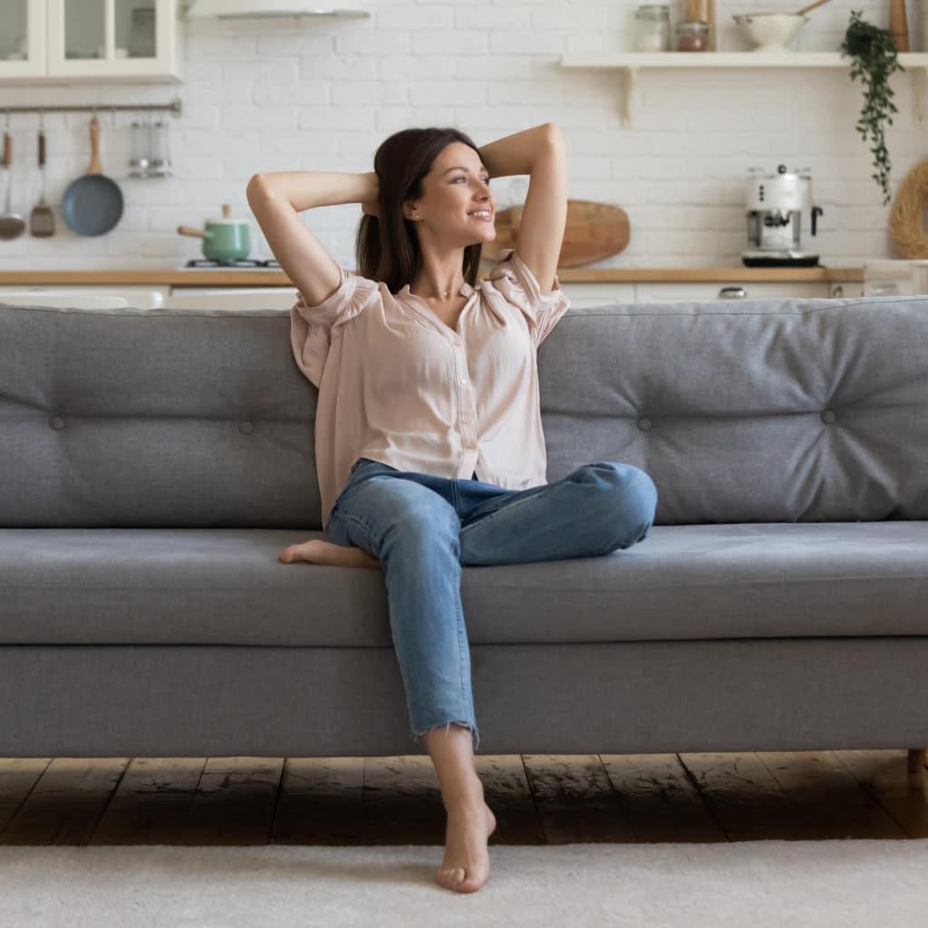 Loveseat Sofa Vs Regular Sofa - A Detailed Comparison