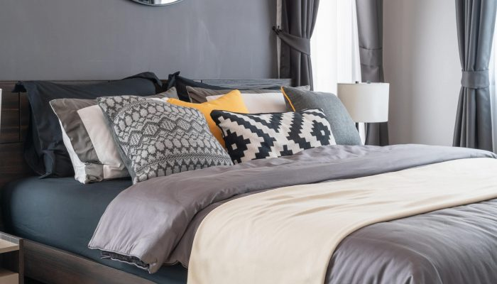 Coverlet vs Duvet - A Detailed Comparison