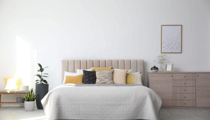 Firm Vs Plush Pillows - A Detailed Comparison