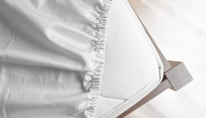 Fitted Vs Flat Sheets - A Detailed Comparison