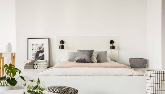 In this guide, we will discuss how to build a platform bed. Since we have a lot of ground to cover, let's dive straight into it.