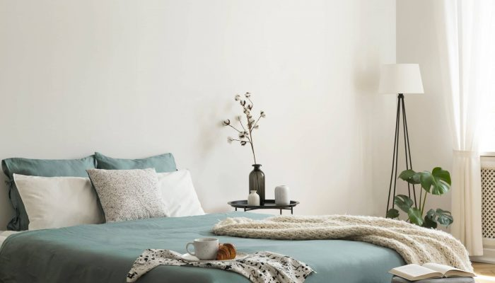 How to Keep Sheets on an Adjustable Bed? – 10 Easy Ways